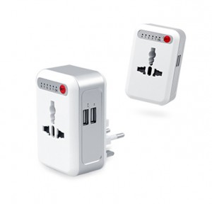 EGT1004 Smart Timing Universal Travel Adaptor With 2 USB Hub